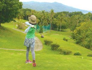 セブ島でゴルフとジンベエザメとパラセーリング